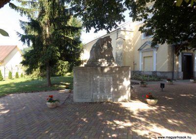 Álmosd I. világháborús emlékmű 2017.06.22. küldő-kalyhas (2)