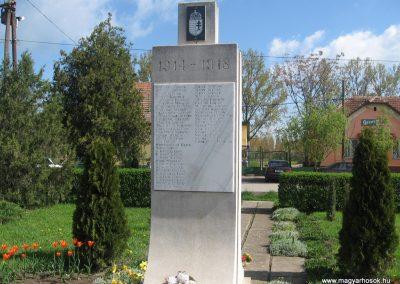 Ároktő világháborús emlékmű 2008.04.22.küldő-Kályhás