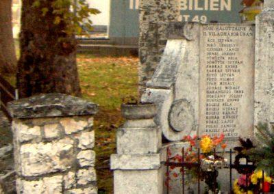 Écs világháborús emlékmű 2006.11.07. küldő-Hege (4)
