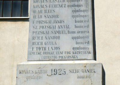Égerszög világháborús emlékmű 2010.08.10. küldő-Gombóc Arthur (2)
