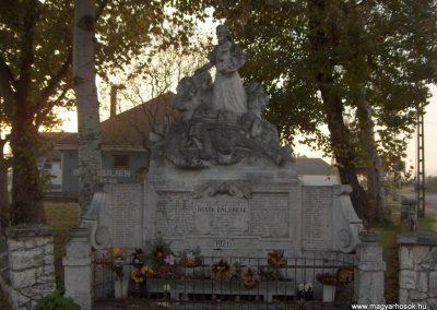 Ércs világháborús emlékmű 2006.11.07.Küldő-Hege