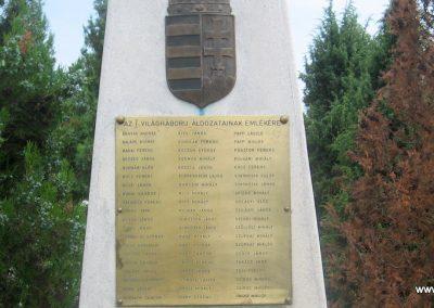 Érpatak világháborús emlékmű 2009.07.02. küldő-kalyhas (2)