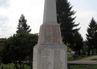Érsekvadkert világháborús emlékmű 2011.03.24. küldő-kalyhas (5)