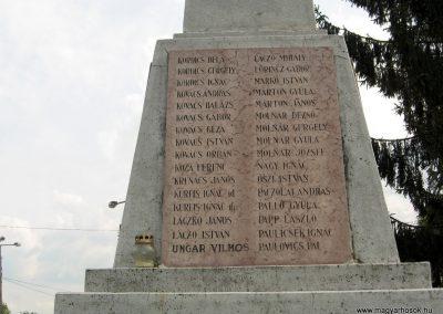 Érsekvadkert világháborús emlékmű 2011.03.24. küldő-kalyhas (9)