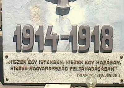 Értény I.vh emlékmű 2012.04.28. küldő-Miki (2)