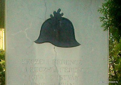 Értény I.vh emlékmű 2012.04.28. küldő-Miki (4)