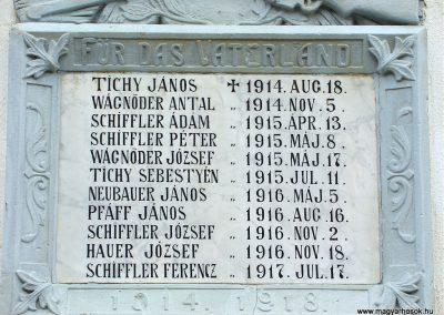 Óbánya világháborús emléktáblák a róm.kat templom falán 2003.10.12. küldő-Pfaff László, Rétság (2)