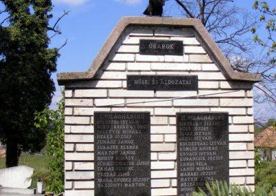 Óbarok világháborús emlékmű 2012.04.21. küldő-Méri (1)