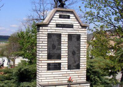 Óbarok világháborús emlékmű 2012.04.21. küldő-Méri
