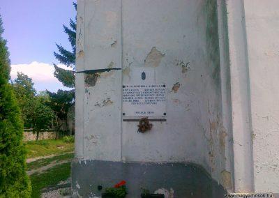Óbudavár világháborús emléktábla 2010.08.12. küldő-Csiszár Lehel (1)