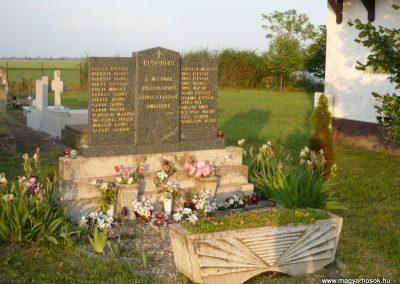 Óföldeák II. világháborús emlékmű 2014.05.24. küldő-Sümec (6)