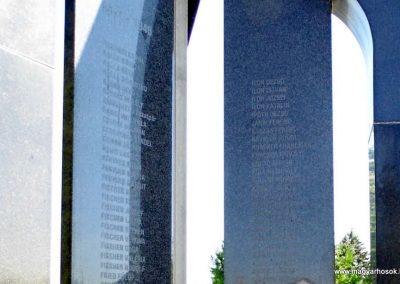 Ógyalla világháborús emlékmű 2013.07.21. küldő-Méri (13)