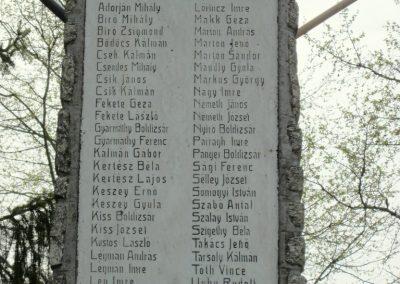 Óhíd világháborús emlékmű 2014.04.13. küldő-Sümegi Andrea (5)