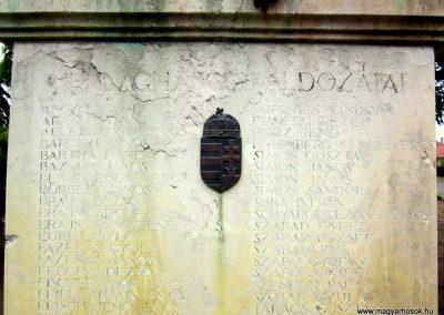 Ópályi II. világháborús emlékmű 2014.04.25. küldő-kalyhas (3)