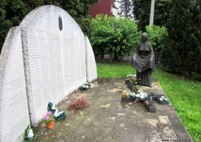 Ózd II. világháborús emlékmű 2013.06.29. küldő-kalyhas (8)