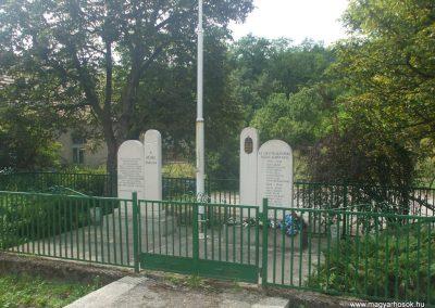 Ózd-Susa világháborús emlékmű 2009.08.19.küldő-gkiller2