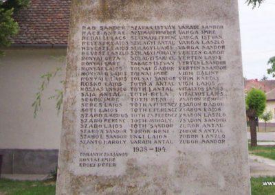 Öcsöd I.vh emlékmű 2009.05.14. küldő-miki (10)