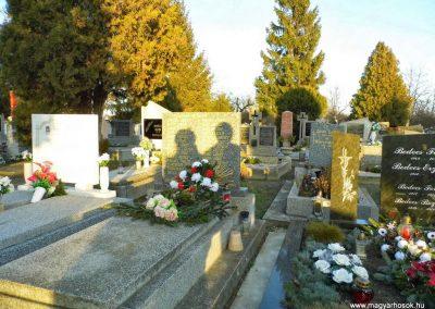 Örsújfalu II. világháborús emlékmű 2014.01.12. küldő-Méri