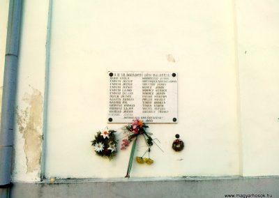 Öskü II.vh emléktábla 2011.03.15. küldő-Csiszár Lehel (1)