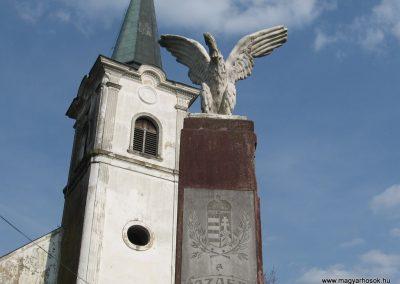 Ötvöskónyi világháborús emlékmű 2009.04.05. küldő-kalyhas (1)