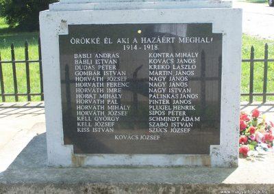 Újbezdán Hősi emlékmű 2009.05.28.küldő-Horváth Zsolt (3)