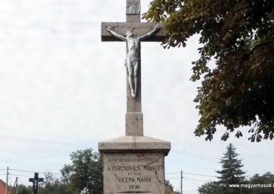 Újgyalla I. világháborús emlékkereszt 2013.09.15. küldő-Méri (1)