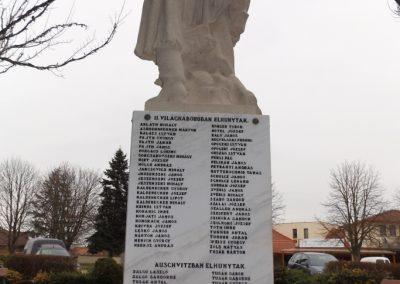Újhartyán világháborús emlékmű 2015.11.27. küldő-kalyhas (8)