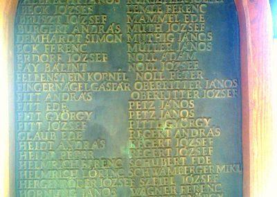 Újpetre világháborús emlékmű 2012.05.12. küldő-Turul 68 (3)