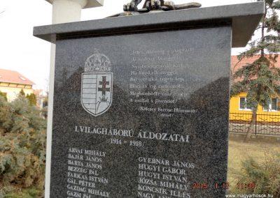 Újszilvás világháborús emlékmű 2015.01.17. küldő-kalyhas (5)