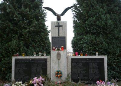 Újudvar világháborús emlékmű 2009.11.21. küldő-Ágca (1)