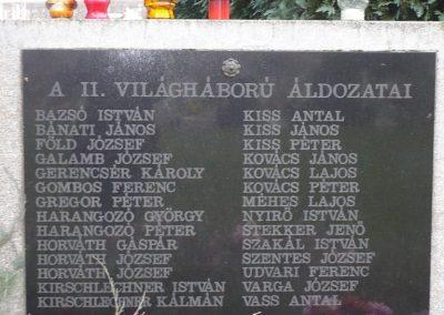 Újudvar világháborús emlékmű 2009.11.21. küldő-Ágca (5)
