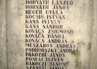 Úny világháborús emlékmű 2008.12.29.küldő-Huszár Peti (2)
