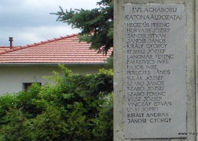 Úrhida világháborús emlékmű 2015.06.19. küldő-Méri (2)