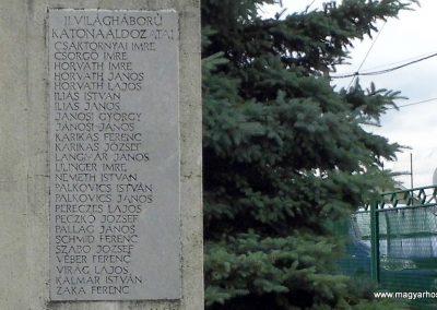 Úrhida világháborús emlékmű 2015.06.19. küldő-Méri (3)