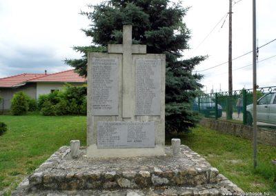 Úrhida világháborús emlékmű 2015.06.19. küldő-Méri