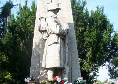 Úri világháborús emlékmű 2009.06.28. küldő-Horváth Zsolt (1)