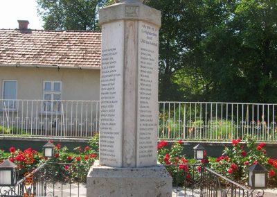 Üllő I.vh .emlékmű 2007.06.01. küldő-Markó Peti