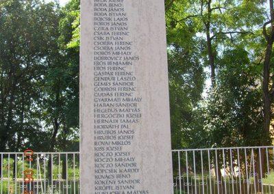 Üllő II.vh.emlékmű 2007.06.01. küldő-Markó Peti (2)