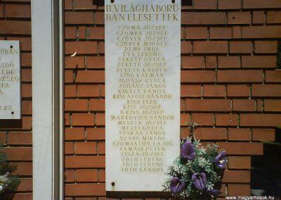 Őr világháborús emlékmű 2008.06.02.küldő-Ősz Béláné (3)