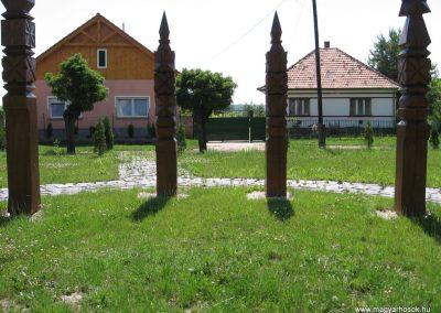 Őrbottyán Hősök kopjafái 2007.06.11. küldő-Kályhás (1)