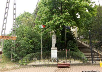 Őrbottyán világháborús emlékmű 2019.04.27. küldő-Bóta Sándor (kalyhas)