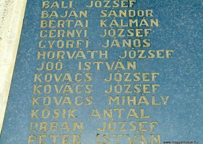 Őrimagyarosd világháborús emlékmű 2011.11.12. küldő-Marton Bence (2)