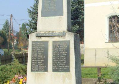 Őrimagyarosd világháborús emlékmű 2011.11.12. küldő-Marton Bence