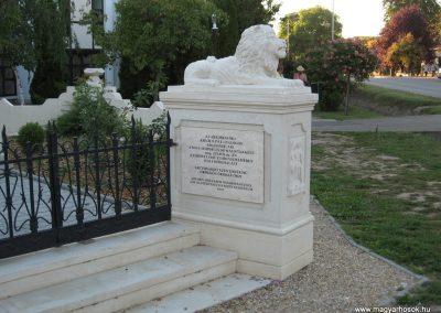 Abádszalók I.vh emlékmű 2008.08.19. küldő-Kályhás (2)