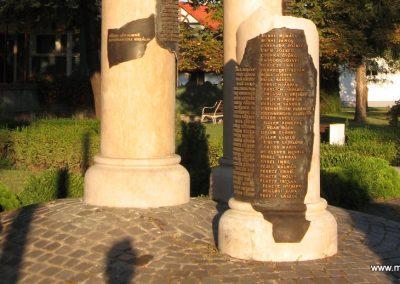 Abádszalók II.vh emlékmű 2008.08.19. küldő-Kályhás (5)