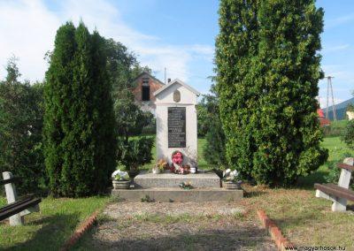 Abaújalpár világháborús emlékmű 2010.07.31. küldő-kalyhas (1)