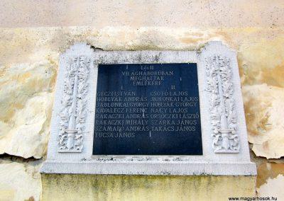 Abaújlak világháborús emléktábla 2014.02.15. küldő-kalyhas (2)