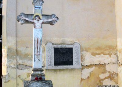 Abaújlak világháborús emléktábla 2014.02.15. küldő-kalyhas (3)