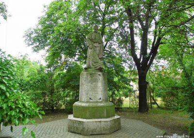 Aba I. világháborús emlékmű 2014.07.12. küldő-Méri