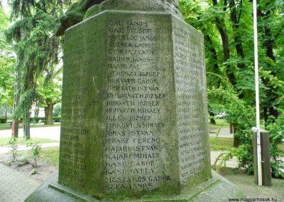 Aba I. világháborús emlékmű 2014.07.12. küldő-Méri (5)